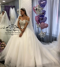 Discount puffy winter wedding dresses Sparkly Crystals Ball Gown Wedding Dresses 2020 Off Shoulder Plus Size Puffy Tulle Muslim Arabic Vestido De Novia Bridal