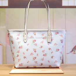 $enCountryForm.capitalKeyWord NZ - Designer Luxury Handbags Purses Women Bags Classic High Quality Colorful Flamingo Sharks Double Sided Pattern Zipper 2pcs Set Casual Tote