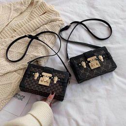 Toptan satış Kadınların Akşam Çanta Mükemmel Kalite Deri çanta Moda Kutusu Tuğla Messenger bayan Omuz Çanta Toptan debriyaj Kutusu Çantalar