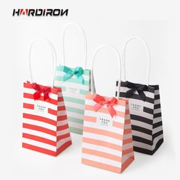 Candy Paper Bag Australia - HARDIRON 50PCS Korean Small Candy Color Striped White Kraft Paper Bag Wholesale Mini Gifts Portable Bags Custom