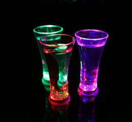 colorful mugs Australia - Luminous Beer Cup High Brightness Glass Water Lights Colorful LED Drinking Cups Party Night Bar Mugs Valentine Gift