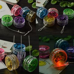 $enCountryForm.capitalKeyWord Australia - Activity Toys 7 Colors Chinese YOYO Professional Plastic LED Flash YO-YO Trick Ball Toy for Kids Adult mix Colors