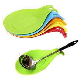 $enCountryForm.capitalKeyWord Australia - Kitchen Accessories Small Silicone Spoon Mat,Spatula European Style Spoon Pad for Kitchen Gadget Goods Tools
