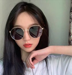 c752ba2e7c95f Ins Sunglasses Female Korean Version Internet Celebrity 2019 New Style Toad  Street Photo Sunglasses Round Face Summer Sunshade