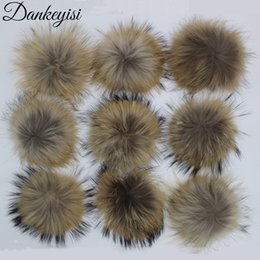 China DANKEYISI Wholesale Fur Pompoms 13-17cm DIY Raccoon and Fox Fur Pom Poms 20pcs lot Natural Pompon For Hat Scarf Accessories supplier raccoon fox scarf suppliers