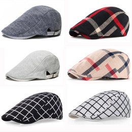 82dfda061315d Classic Englad Style Plaid Berets Caps For Men Women Casual Unisex Sports  Caps Cotton Berets Hats Boina Casquette Flat Cap