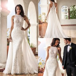 $enCountryForm.capitalKeyWord Australia - 2019 Bohemian Mermaid Lace Wedding Dresses With Detachable Train Summer Bridal Dress Halter Neck Wedding Gown