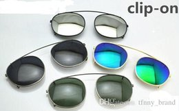 Discount clip flip sunglasses Fashion Brand Clip sunglasses lenses unisex Flip Up polarized lens clip-on clips eyewear myopia 6 colors 3 size for Lemt