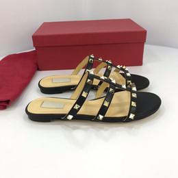 $enCountryForm.capitalKeyWord Australia - 2019 Slides Summer Luxury Designer Beach Indoor Flat G Sandals Slippers House Flip Flops With Spike sandal yz19012509