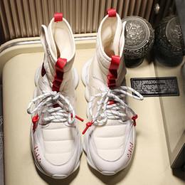 Sapatos casuais moda estilo quente amantes sapatos top de luxo flat casual shoes designer de estilo clássico 35-45 fabricantes de promoção em Promoiio