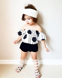 Wholesale Baby girl summer stripe rose top and short pant Off shoulder clothes lovely toddler baby clothing sets