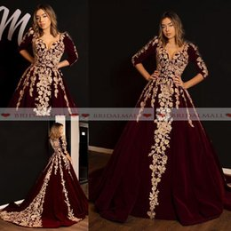 $enCountryForm.capitalKeyWord NZ - V Neck Burgundy Velvet African Evening Dresses White Applique 3 4 Long Sleeve Formal Party Gowns Black Girls Prom Dress Robe de soirée