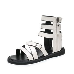 $enCountryForm.capitalKeyWord NZ - Top Sales Summer Rome Cross Belt Style Fashion Short Bootie Metal Punk Style for Cool Girls Ladies Women Dress Shoes Sandals Slippers