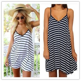 Mature woMen dresses online shopping - New lady sexy sleeveless white black stripe skirt summer mature female v neck sexy women low back dressses
