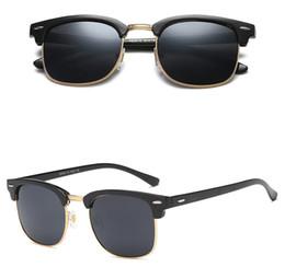 1d29e654a6 Europeo NUEVOS Wayfarers Gafas de sol Hombres Mujeres 54mm Marca Ojo de  gato Gafas de sol Bandas de vidrio Espejo Gafas de sol BANS con estuches  R3016 Gafas