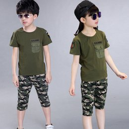 Wholesale 2018 Summer Children Camouflage Clothing Boy T shirt shorts Set Girl Cotton Army Green Sports Print Pant Suit