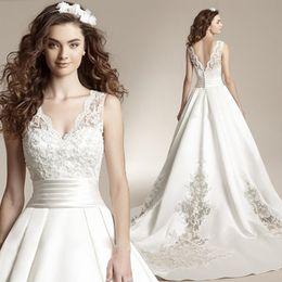 $enCountryForm.capitalKeyWord Australia - Arabic 2019 Embroidery Wedding Dress V Neck Sheer Straps Ball Gown Bridal Dress Covered Button Vintage Wedding Gowns Court Train Plus size