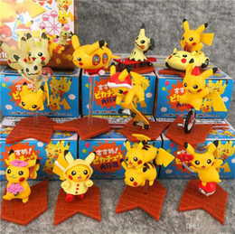 10pcs / Lot monstro de bolso Elf Bikachu boneca Ação PVC Figuras ornamentos decorativos brinquedos infantis para os presentes das crianças brinquedos crianças em Promoção