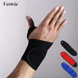 $enCountryForm.capitalKeyWord Australia - 2017 Vertvie Free Size Sports Wrapping Wrist Guard Palms Hand Shields Protective Wrist Stamps Outdoor Sporting Goods Protector