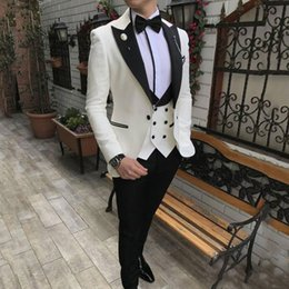 $enCountryForm.capitalKeyWord NZ - White Men Suits for Wedding Groom Tuxedos Black Peaked Lapel Vintage Man Business Jacket Best Man Blazers 3Piece Coat Pants Terno Masculino