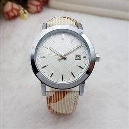 Wholesale Fashion women Quartz luxury watches top Leather band Dress Sport Quartz watches for men ladies best gift