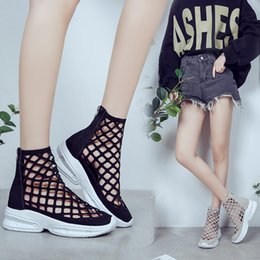 $enCountryForm.capitalKeyWord Australia - Overseas2019 New Summer Pattern Hollow Out Back Zipper Woman Sandals Bottom Of Sponge Cake Head Cool Boots Generation Hair