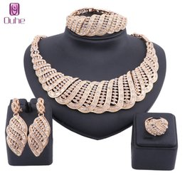 $enCountryForm.capitalKeyWord Australia - Dubai Gold Luxury Crystal Jewelry Sets Wholesale Italian Bridal Statement Necklace Earring Bangle Ring Jewelry sets