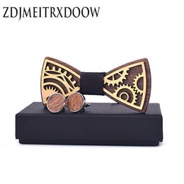 $enCountryForm.capitalKeyWord Australia - New Design Wooden Gear Bow Tie Men's Wood Bowtie Cufflinks Set Brand Business Neckties Cuff Links For Wedding Groom C19022301