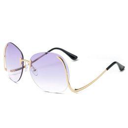 $enCountryForm.capitalKeyWord UK - Oversized Sunglasses Women Vintage Frameless Curved Legs Metal Frame Sun Glasses Summer UV400 Sunglasses Eyewear