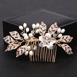 gold color hair combs UK - Trendy Flower Gold Color Pearl Bridal Wedding Hair Combs Hair Accessories for Bridal Crystal Leaf Headpiece Women Hair Jewelry