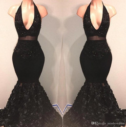 robe mariee vintage Australia - Sexy Black Halter Lace Mermaid Prom Dresses V Neck Applique Beaded 3D Floral Skirt Sweep Train Long Evening Party Gowns Robe De Mariee