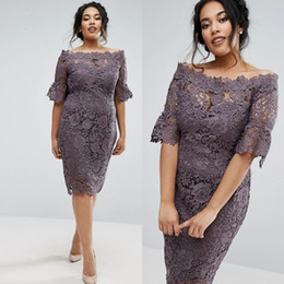 $enCountryForm.capitalKeyWord Australia - Cheap Plus Size Short Lace Bridesmaid Dresses With Short Sleeves Bateau Neck Country Maid Of Honor Gowns Knee Length Wedding Guest Dress