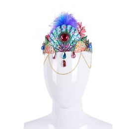 $enCountryForm.capitalKeyWord UK - Cospty Christmas Party Luxury Crystal Headware Carnival Party Feather Jewelry Diamond Corona Headdress Cartoon Colorful Girls Crown