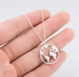 Necklaces Pendants Australia - Vintage Origami World Map Necklace Women Geometric Necklace Round Necklace Circle Necklaces Pendants Choker Jewelry Free Shiipping