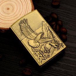 Metal Eagle Australia - Metal gas lighter inflatable creative personality embossed flying eagle gift grinding wheel open flame
