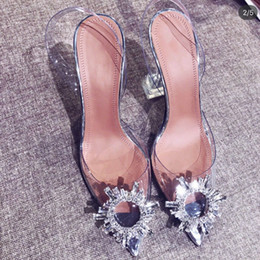 TransparenT sTileTTos online shopping - Women s transparent sandals with pointed toes xia new word with water diamond sexy baotou heels