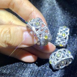 women flower ring Australia - Yellow Zircon Sparkling Flower Rings For Women Wedding Band Zircon Silver Luxury palace style with diamond-studded noble parties