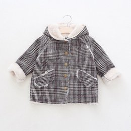 China Wholesale Autumn & Winter New Children's Clothing Boys Girls Fashion British Plaid Coat Kids Velvet Lamb Wool Hooded Coats supplier kids lamb suppliers