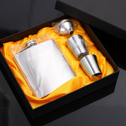 Flask Boxes Australia - Metal Stainless Steel 7oz Hip Flasks Durable Embossing Old Flagon For Outdoor Sports Portable Stoup With Retail Box