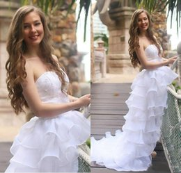 $enCountryForm.capitalKeyWord Canada - 2019 Organza Tiered High Low Wedding Dresses A Line Bridal Gowns Strapless Long Sweep Formal Party Dress