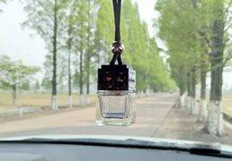 Cube bouteille de parfum Voiture suspendue Parfum Rearview Ornament Désodorisant Pour Huiles Essentielles Diffuseur Parfum Bouteille En Verre