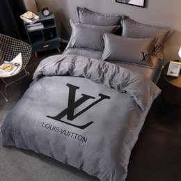 Luxury grey bedding online shopping - Grey L Letter Bedding Sets For Men Women Luxury Autumn And Winter Bedding Bag Suit With Pillow Cases And Sheet