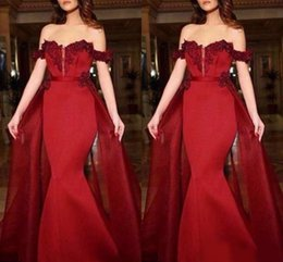 $enCountryForm.capitalKeyWord Australia - Off the Shoulder Bright Red Fit to Flare Prom Dresses with Detachable Overlay Skirt Mesh Plunging Neckline Evening Gowns