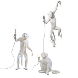 Venta al por mayor de Diseño creativo moderno Resina Monkey Loft Vintage Hemp Cuerda Colgante de Luz para el Hogar Iluminación Bar Cafe Retro Colgante lámpara colgante
