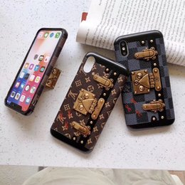 $enCountryForm.capitalKeyWord Australia - Plaid Print Real Leather Fashion Shell Plating Metal Lock Pattern Bracket Genuine Holster Phone Case Checkerboard for iPhone XS Max XR 7 8