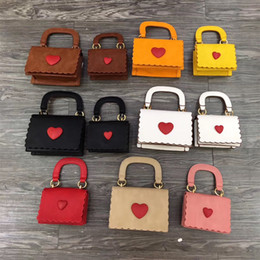 wholesale designer purse bag Australia - Mother And Kids Designer Handbags Fashion Korean Girls Mini Princess Purses 2019 Hot Sale Lovely Heart Bags Tote Chain Cross-body Bags Gifts