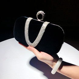 chained handbag NZ - Fashion Female Diamond U Shape Handbag Ring Velvet Evening Bag Luxury Finger Clutch Purse Wedding Party Bag With Chain