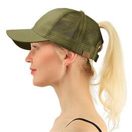 Whosale Ponytail Gorra de béisbol Snapback Messy Bun Caps Para Mujer Mujer  Sombrero de camionero de malla de verano 2018 Chica de moda Hip Hop  sombreros ... de851859e26
