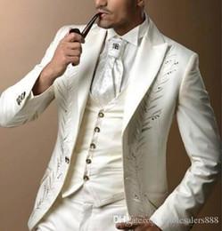 Custom Suit Embroidery NZ - Custom Made Groomsmen Peak Lapel Groom Tuxedos Ivory Men Suits Embroidery Wedding Prom Dinner Best Man Blazer (Jacket+Pants+Vest) K852