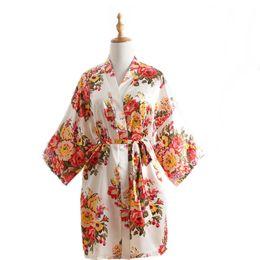 Chinese  Lady Printed Sleepwear Women's Faux Silk Satin Nightgown Mother Loose Sleepwear Girl Summer Loose Home Clothes Women Bathrobe RRA406 manufacturers